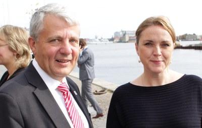 Dagfinn Høybråten med Danmarks justisminister Karen Hækkerup, som var vertskap for møtet. Foto: Norden.org