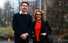 Nima Mäki och Sinikka Mikola. Foto: Jeanette Öhman